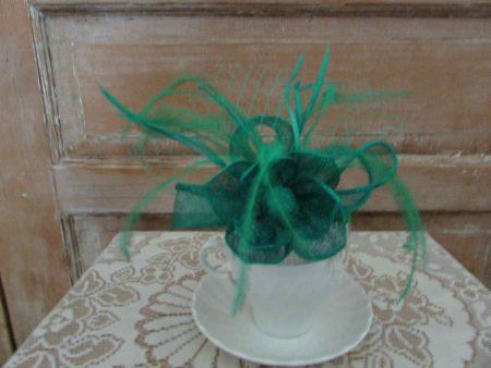 Flower fascinator green