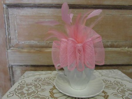 Comb Fascinator pink