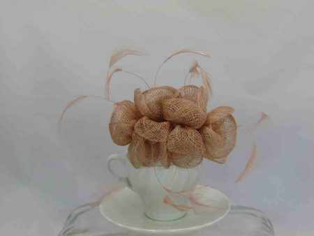Small flowered sinamay fascinator nude