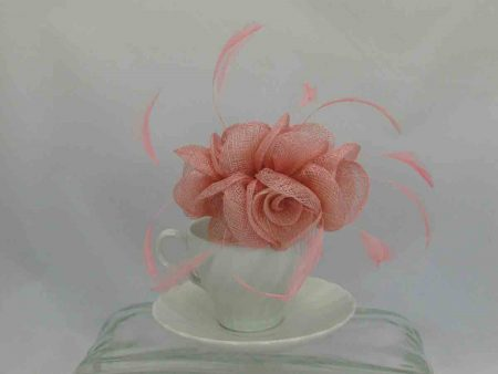 Small flowered sinamay fascinator pink