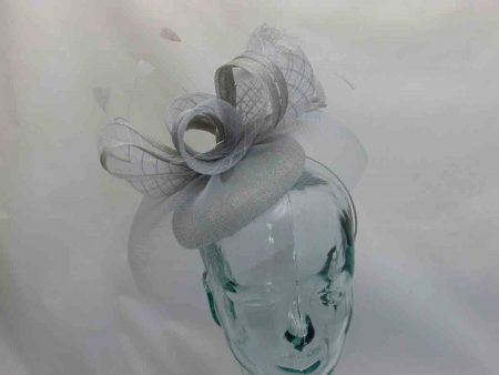 Pill box style fascinator with crin visor in silver