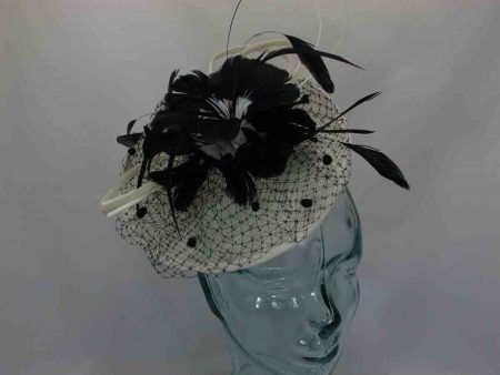 Mini hatinator with feathered flowers in cream/black