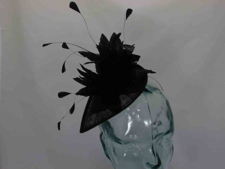 teardrop fascinator in black