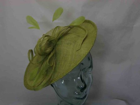 Oval hatinator in lime