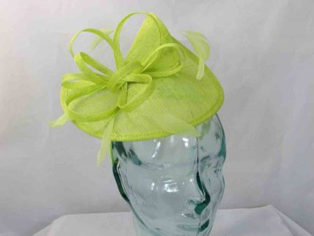 Split brim fascinator in zest green