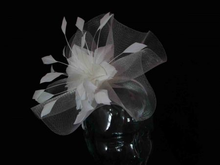 Crin fascinator with feathered flower in ivory