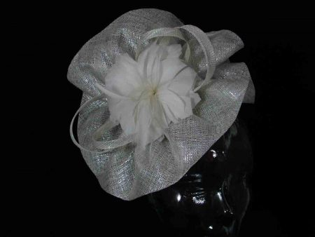 Wavy brim sinamay fascinator in ivory lurex