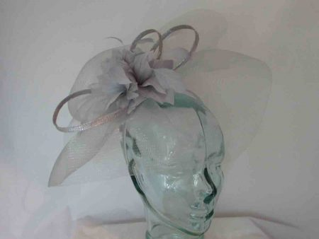 Large crin fascinator in silver