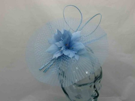 Pleated crin fascinator in light blue