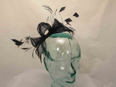 Double flower fascinator in navy
