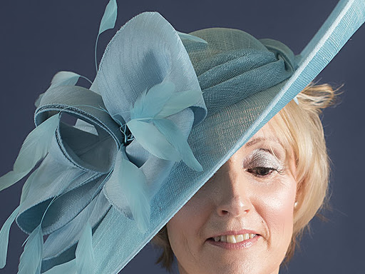 Over 1000 Fascinators and Hatinators in stock 102c8250a665