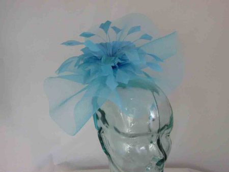 Crin fascinator with feathered flower in babyblue
