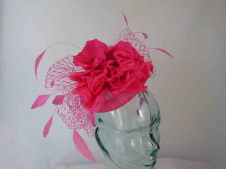 Pill box with large flower in raspberry pink