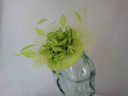 Pill box with large flower in zest
