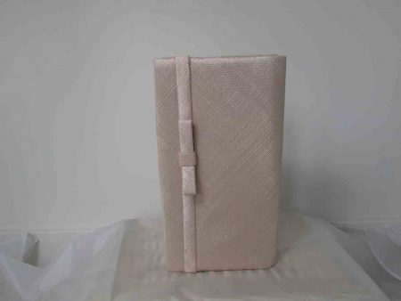 Sinamay bag in chalk pink