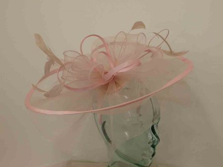 Large crin fascinator in nude