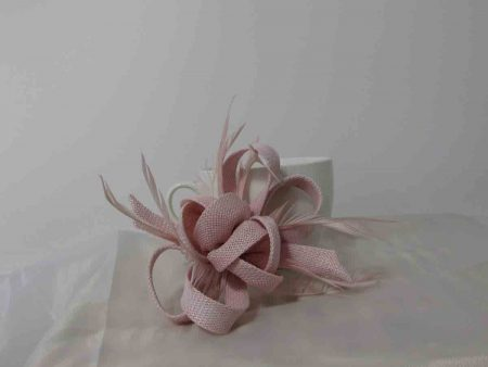 Sinamay fascinator with flower buds in light pink