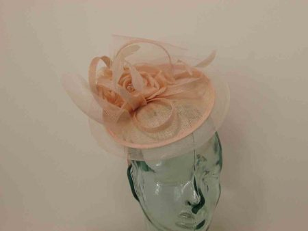 Mini hatinator with flower in blush pink