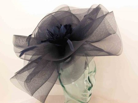 Large crin fascinator with feathered flower in black