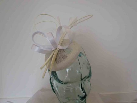 Pillbox fascinator with satin loops in white