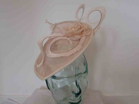 Leaf disc fascinator in blush
