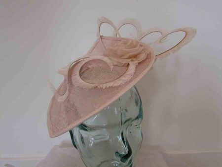 Leaf disc fascinator in cameo