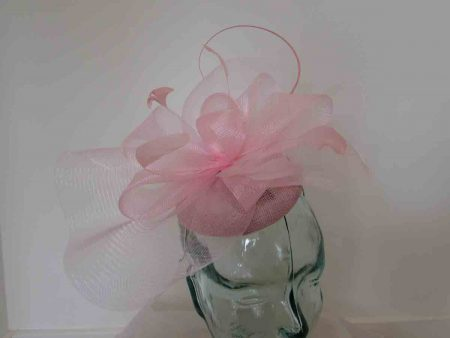 Pillbox fascinator with netting in parfait pink