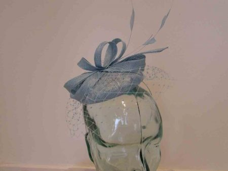Pillbox with veiling in sky blue