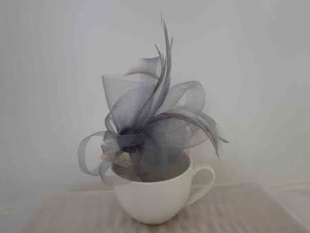 Crin fascinator in silver