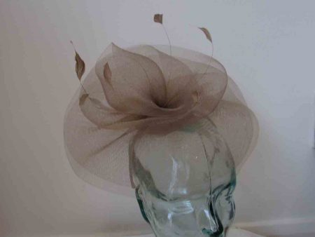 Crin swirl fascinator in latte