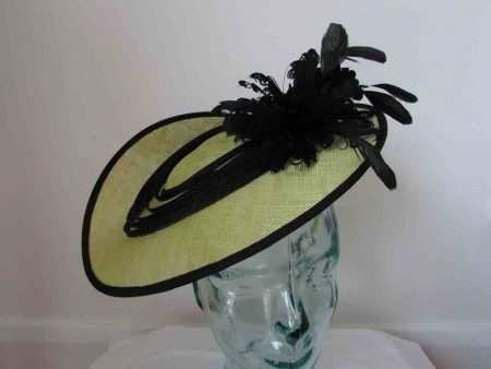 Three quarter hatinator in lime and black