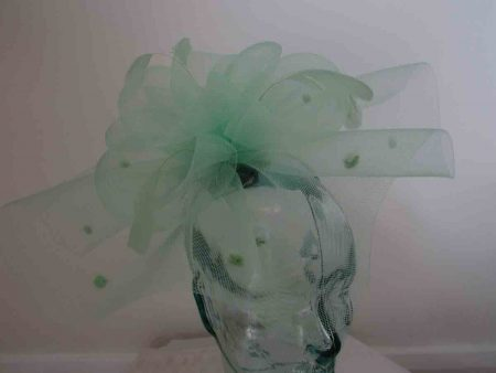 Crin spotted fascinator in apple green