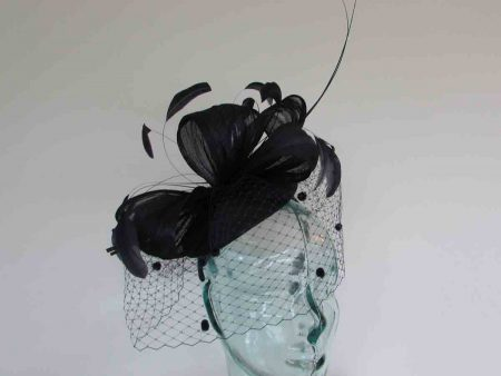 Pillbox fascinator with silk abaca bow in navy