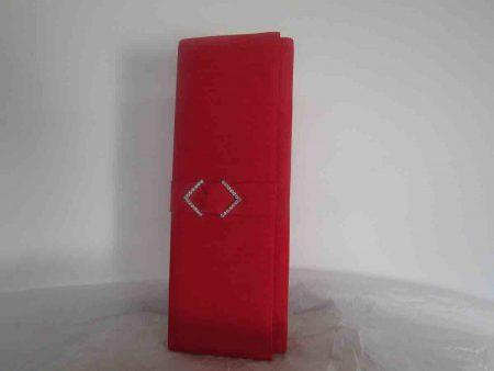 Silk clutch bag in Carmine