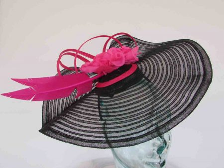 Large pleated crin fascinator in black with pink flowers