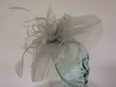 Layered crin fascinator in feathers in silver