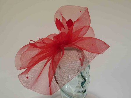 Crin fascinator with spots in red