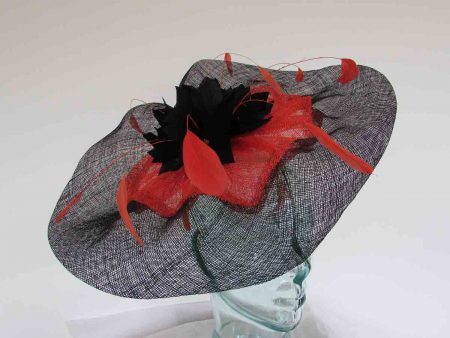 Wavy 2 colour fascinator in black and orange