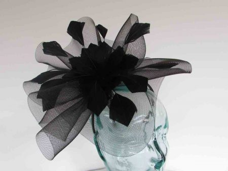 Crin fascinator with feathered flower in black