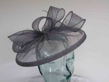 Sinamay fascinator with feathers in cloud grey