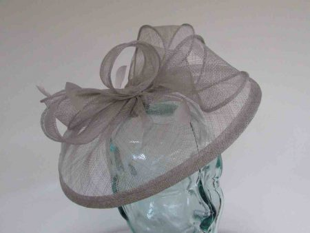 Sinamay fascinator with feathers in platinum