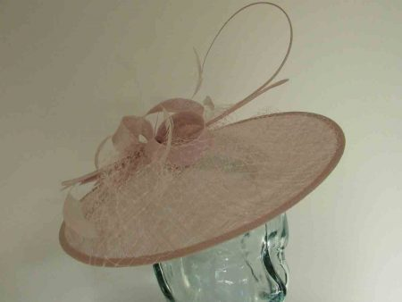 Circular hatinator with sinamay bow in mist lilac