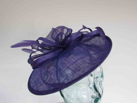 Small oval hatinator in pansy purple