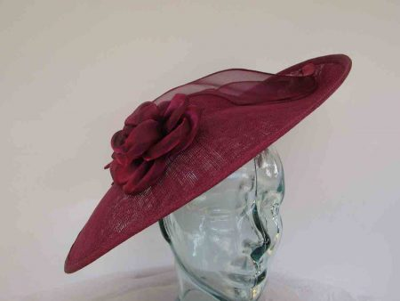 Large hatinator with organza flower and leaves in berry