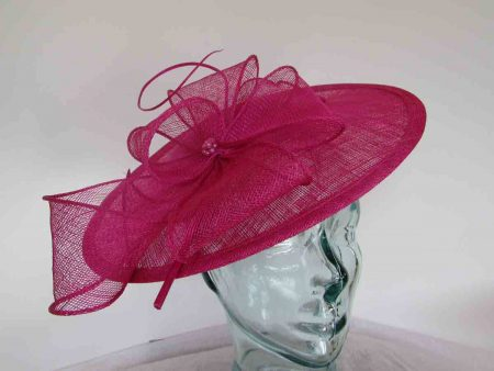 Simanay hatinator with flower in magenta pink