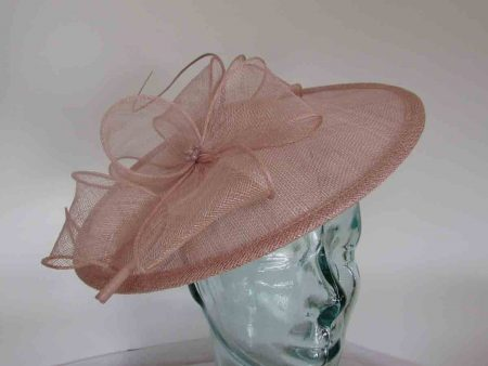 Simanay hatinator with flower in rose pink