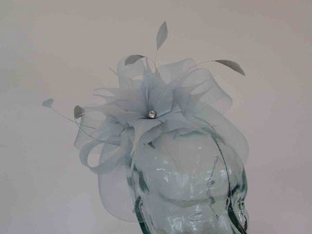 Crin fascinator with feathered flower in cloud blue