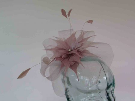 Crin fascinator with feathered flower in heather
