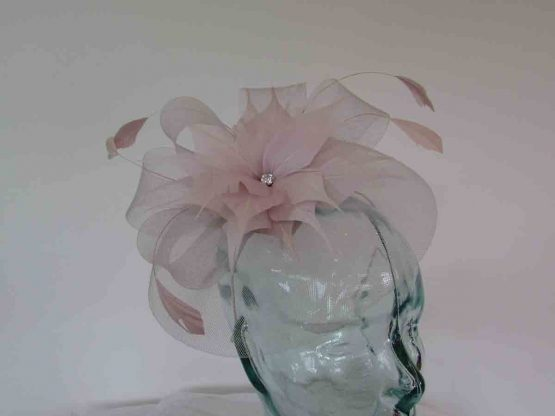Crin fascinator with feathered flower in orchid pink