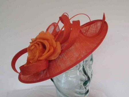Oval hatinator with double quill in tangerine